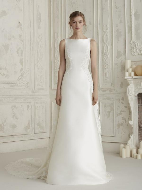 pronovias - alcázar de san juan | ficha | vestidos de novia